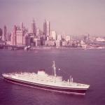 4 Andrea Doria leaving New York circa 1950.jpg