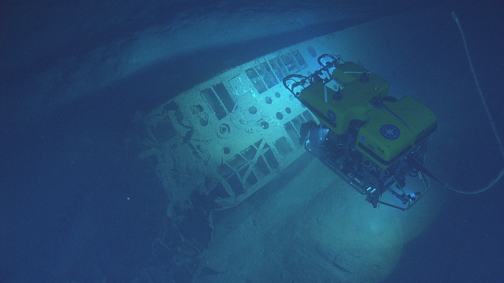 U-166 bow section being filmed by Hercules, view from Argus.